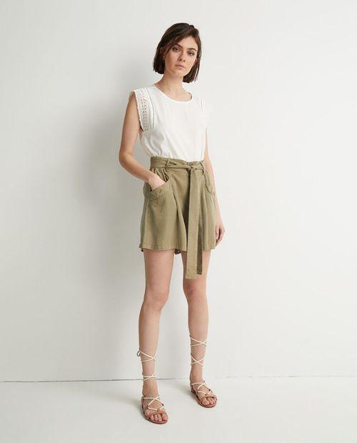Blusa top sin mangas puntilla blanco
