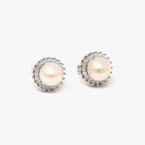 Arete de plata con perla en el centro