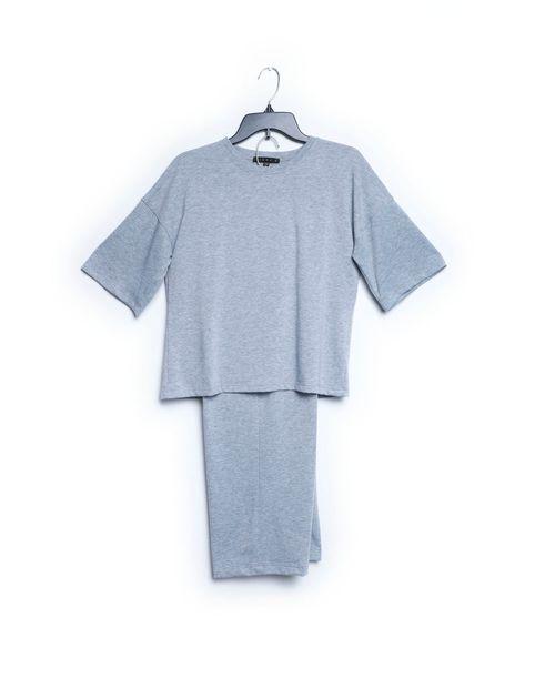 Conjunto camisa manga corta sólida gris con pantalón sólido gris