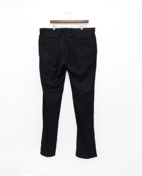 Pantalón slim basic black